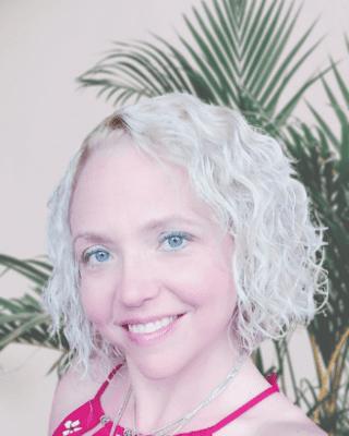 Caroline Brousseau - Psychotherapist counselor
